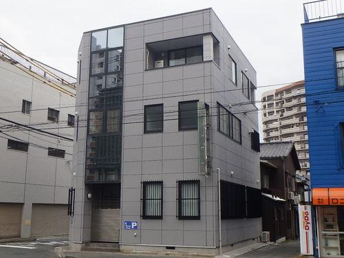 ペイントホームズ 福岡北店